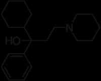 トリヘキシフェニジルの化学構造