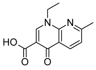 ナリジクス酸の化学構造